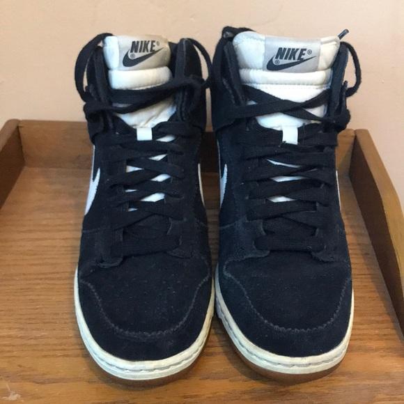Zapatos Nike Dunk Sky Cuña High Suede Zapatillas Con Cuña Sky Poshmark 490d81